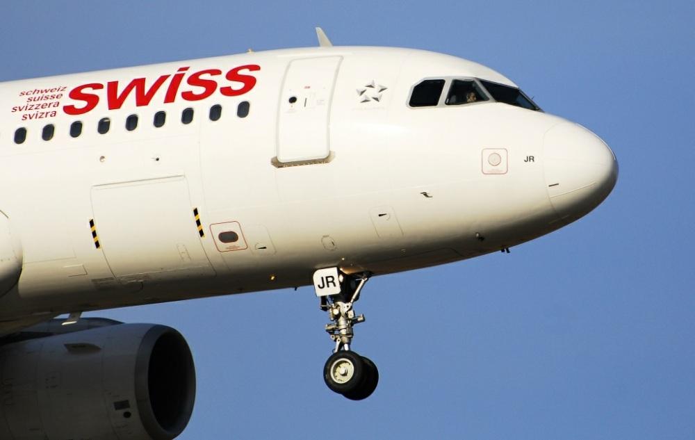 Die Swiss im Landeanflug bei Kloten