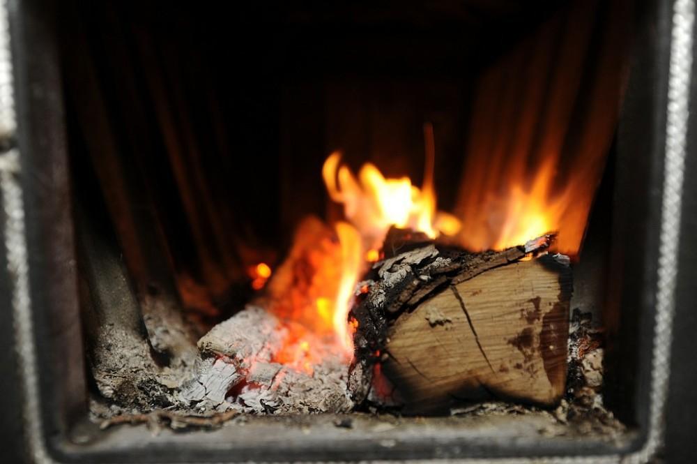 Kochofen mit Holzfeuerung
