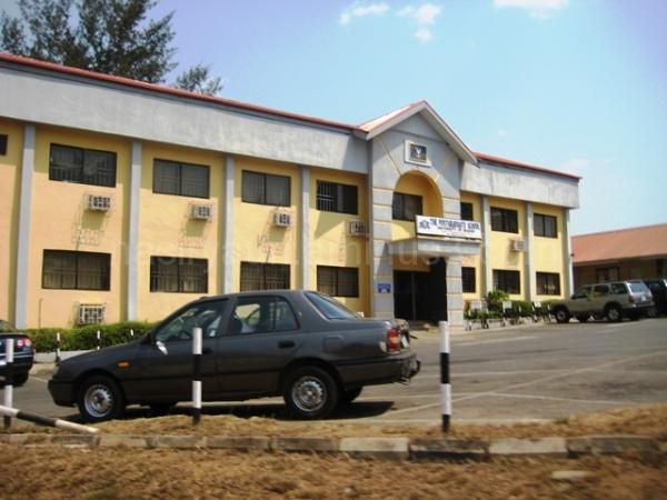 UNIVERSITY OF IBADAN POST GRADUATE SCHOOL