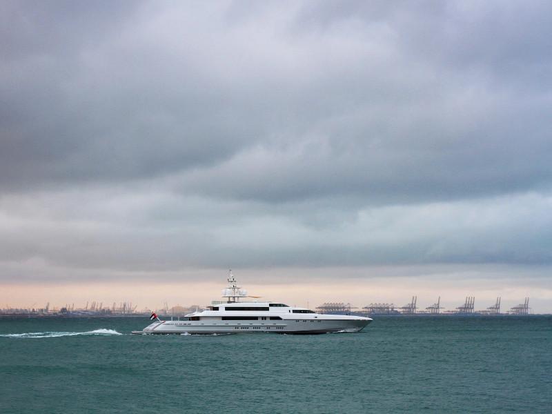 Yacht, Dubai