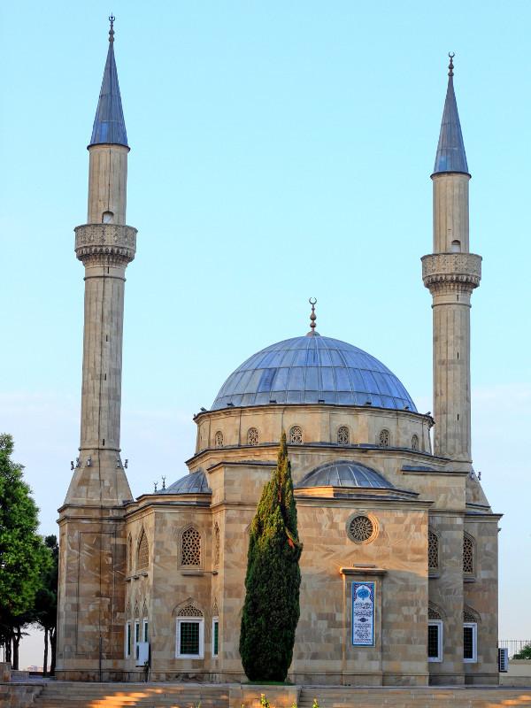 Martyrs' Alley Mosque, Baku, Azerbaijan