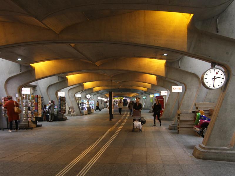 Stadelholfen Station, Zurich, Switzerland