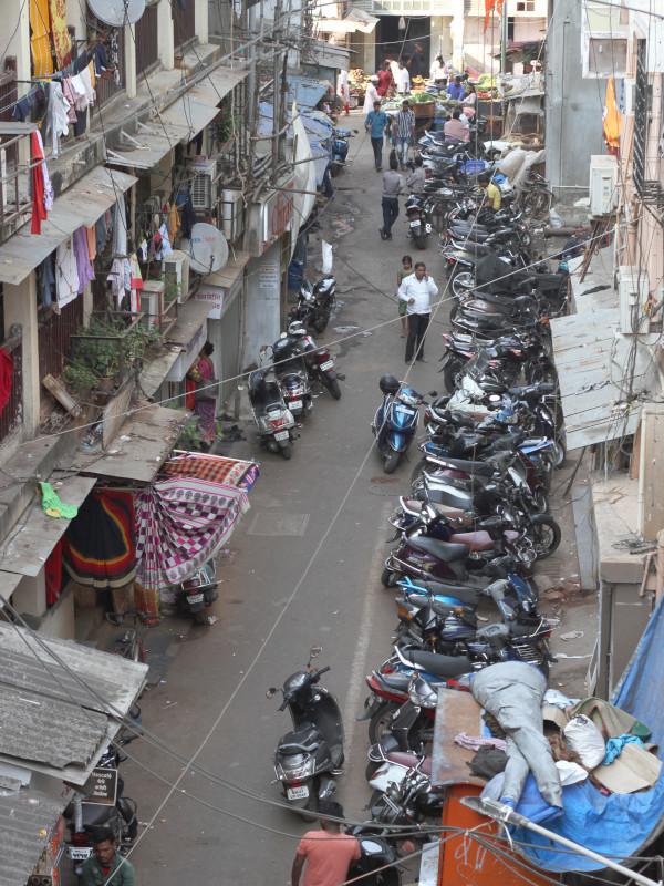 Grand Road, Mumbai