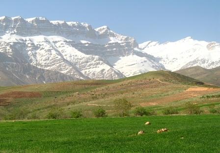 سمیرم - فصل زمستان بهار :)
