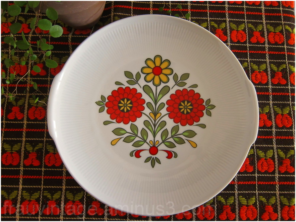 Vintage Floral Winterling Plate Röslau Bavaria