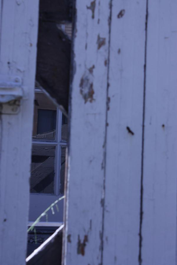 Rundown door in Berkeley, CA