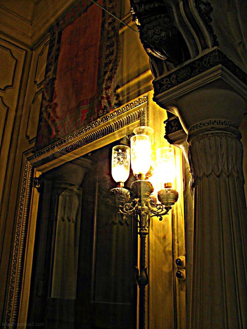 Light in the corner...