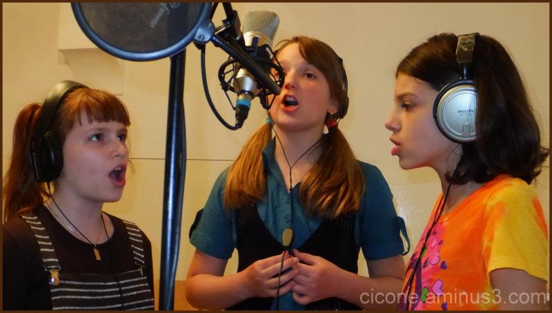 Singing time - 7
