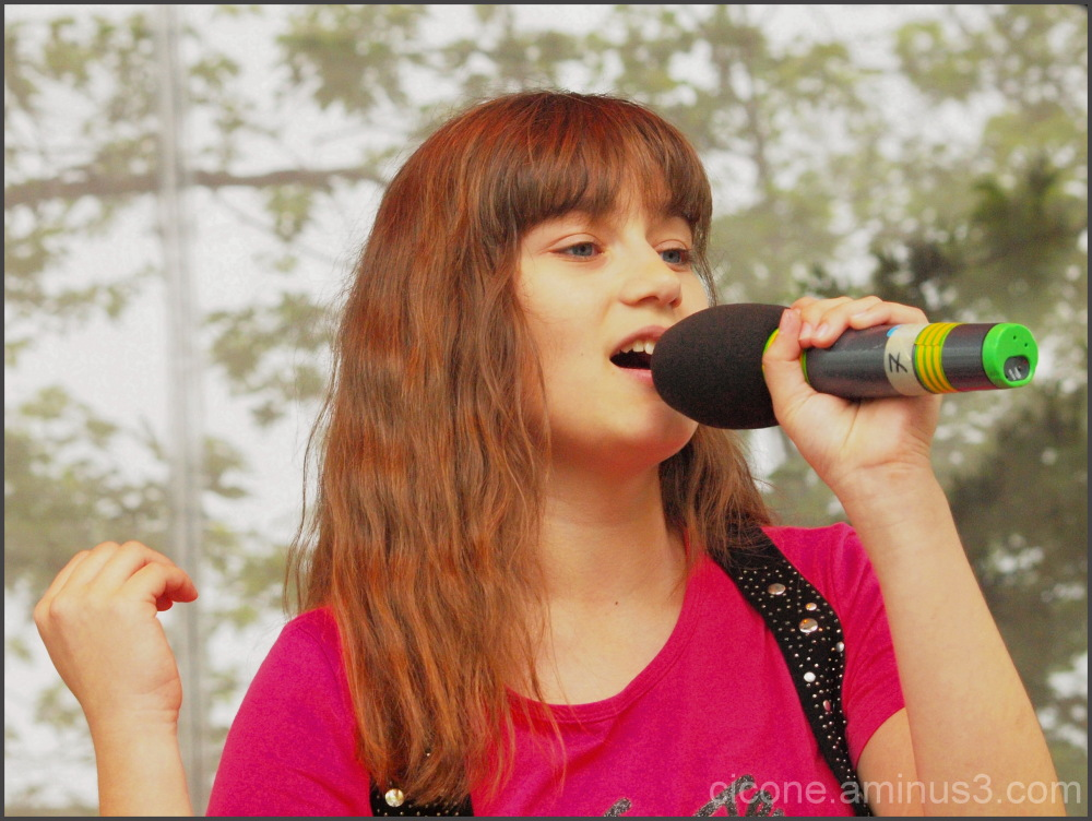 Singing time - 9