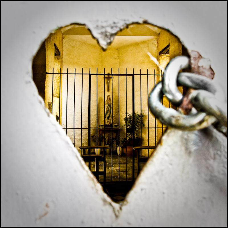Chapel, Holy Virgin, heart