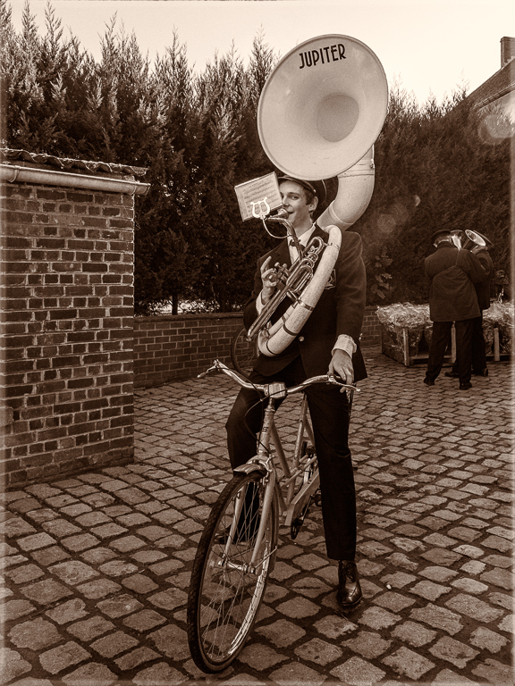 bike, tuba