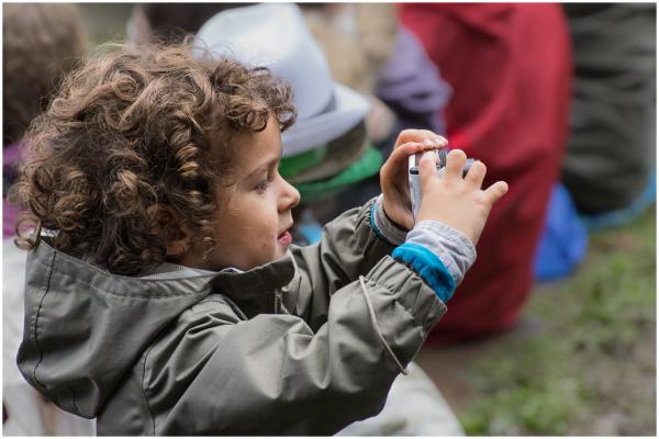 Child, photographer