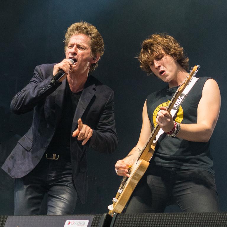 singer, guitarist