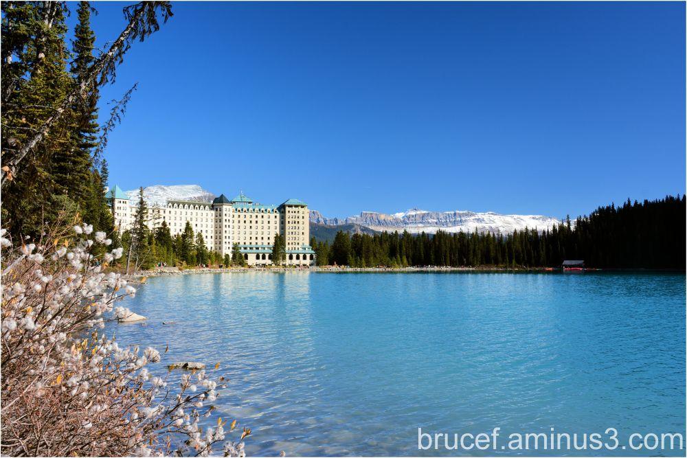 Lake Louise Farmont Hotel Baniff