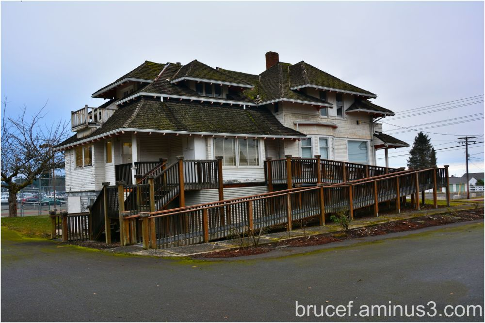 Old Building in Port Angeles - School District