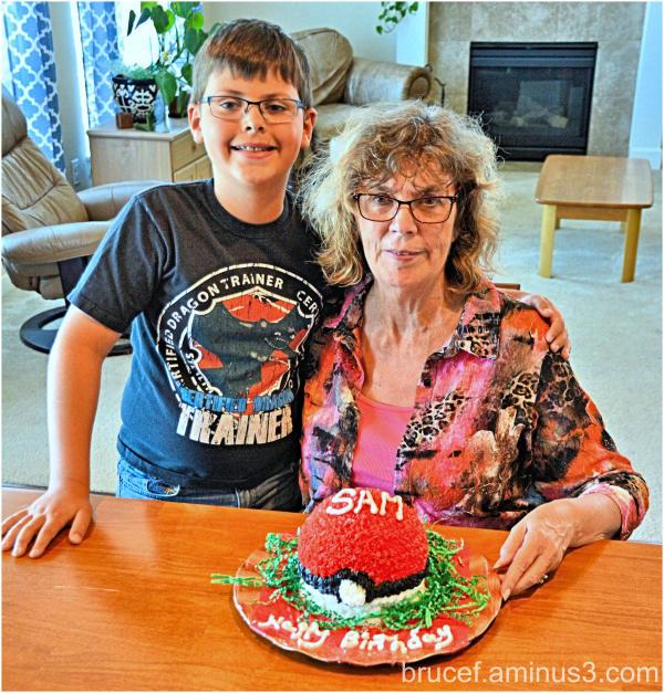 Grandma makes a Cake