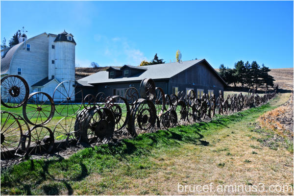 Dahmen Barn Wheel Fence