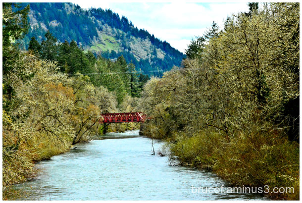 Oregon river with RR bridge