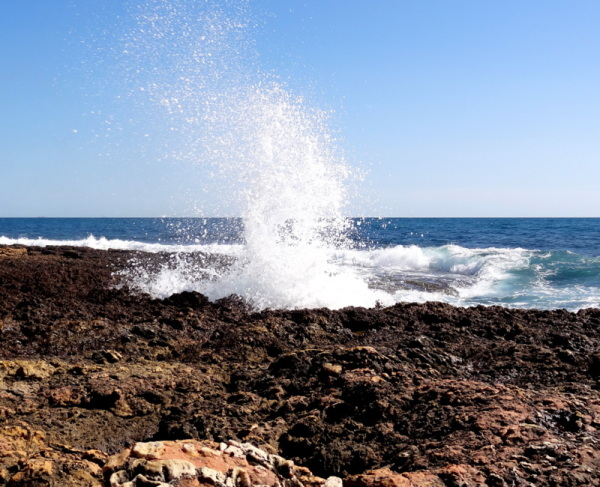 jumping wave