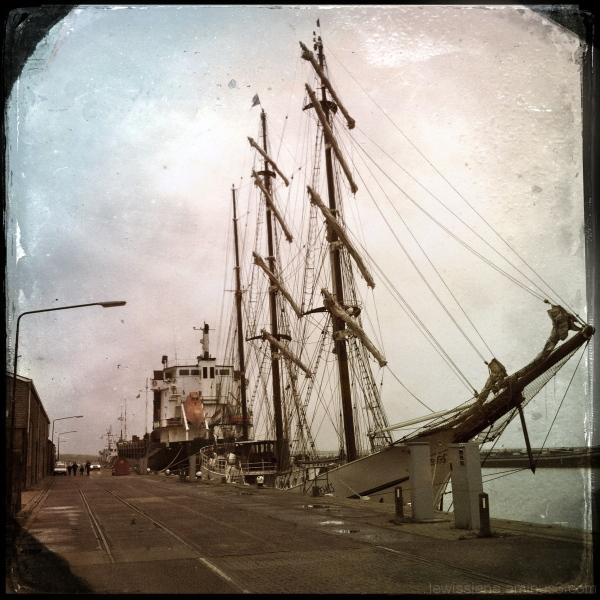 scheepswerf shipping wharf harlingen