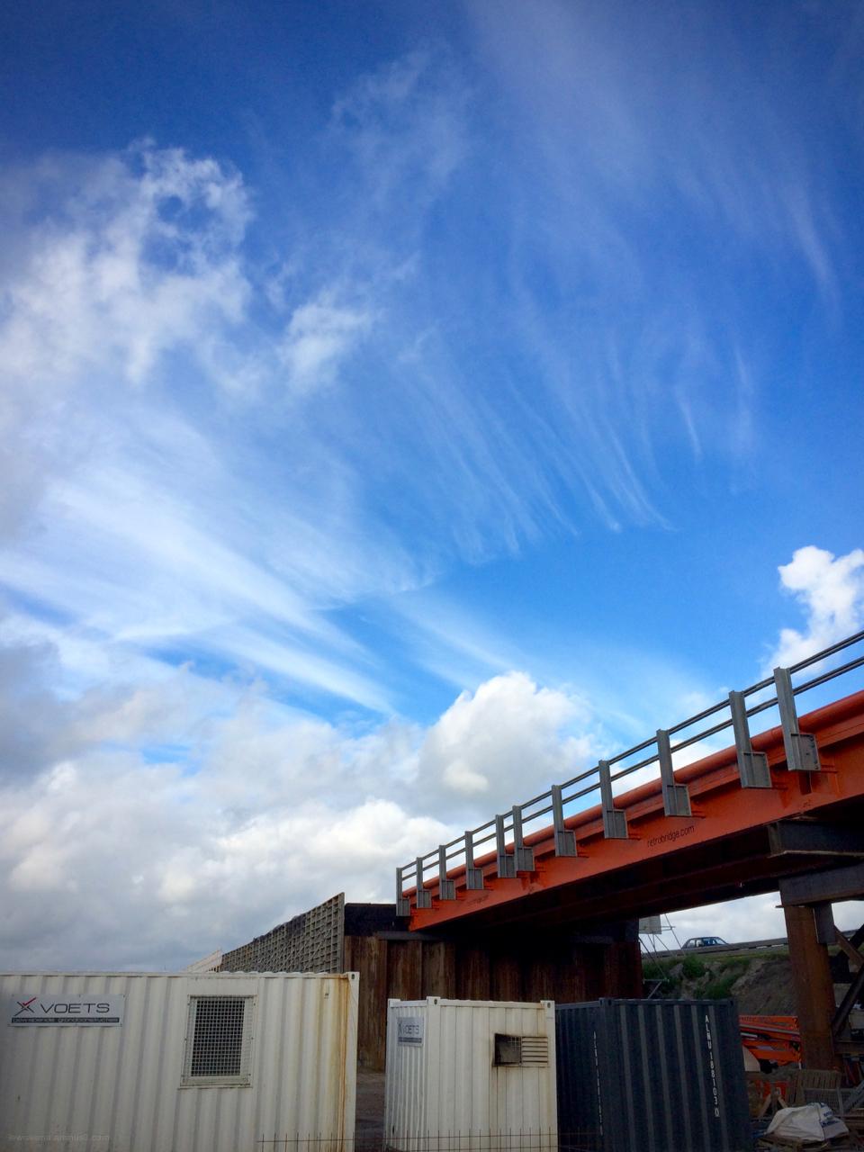brug bridge sky