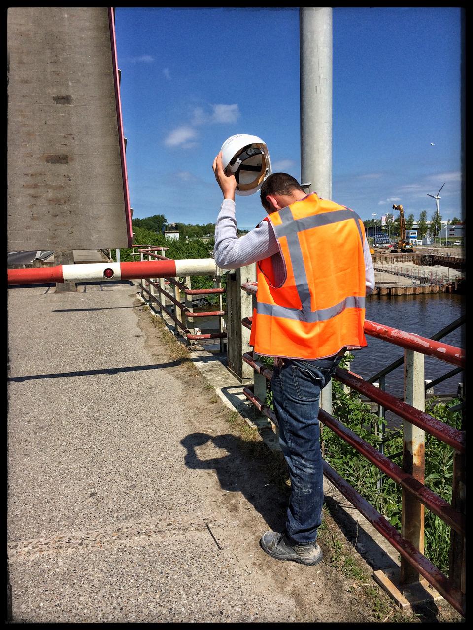 brug bridge worker