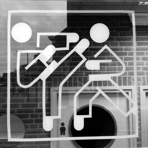 reflection sportschool pictogram small referee