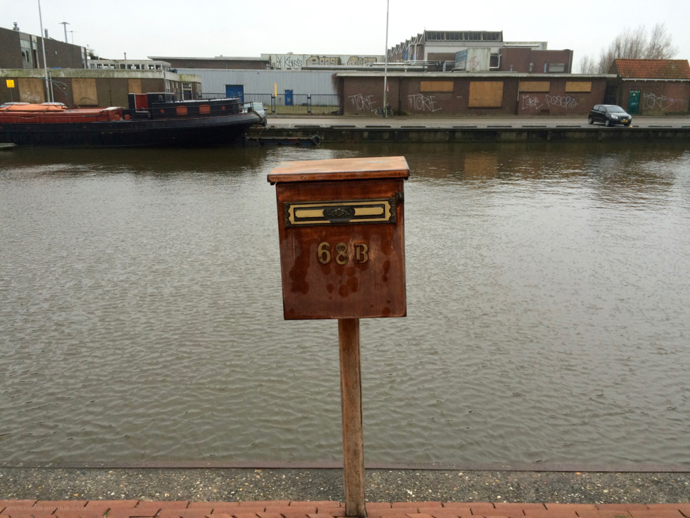 letterbox brievenbus canal kanaal