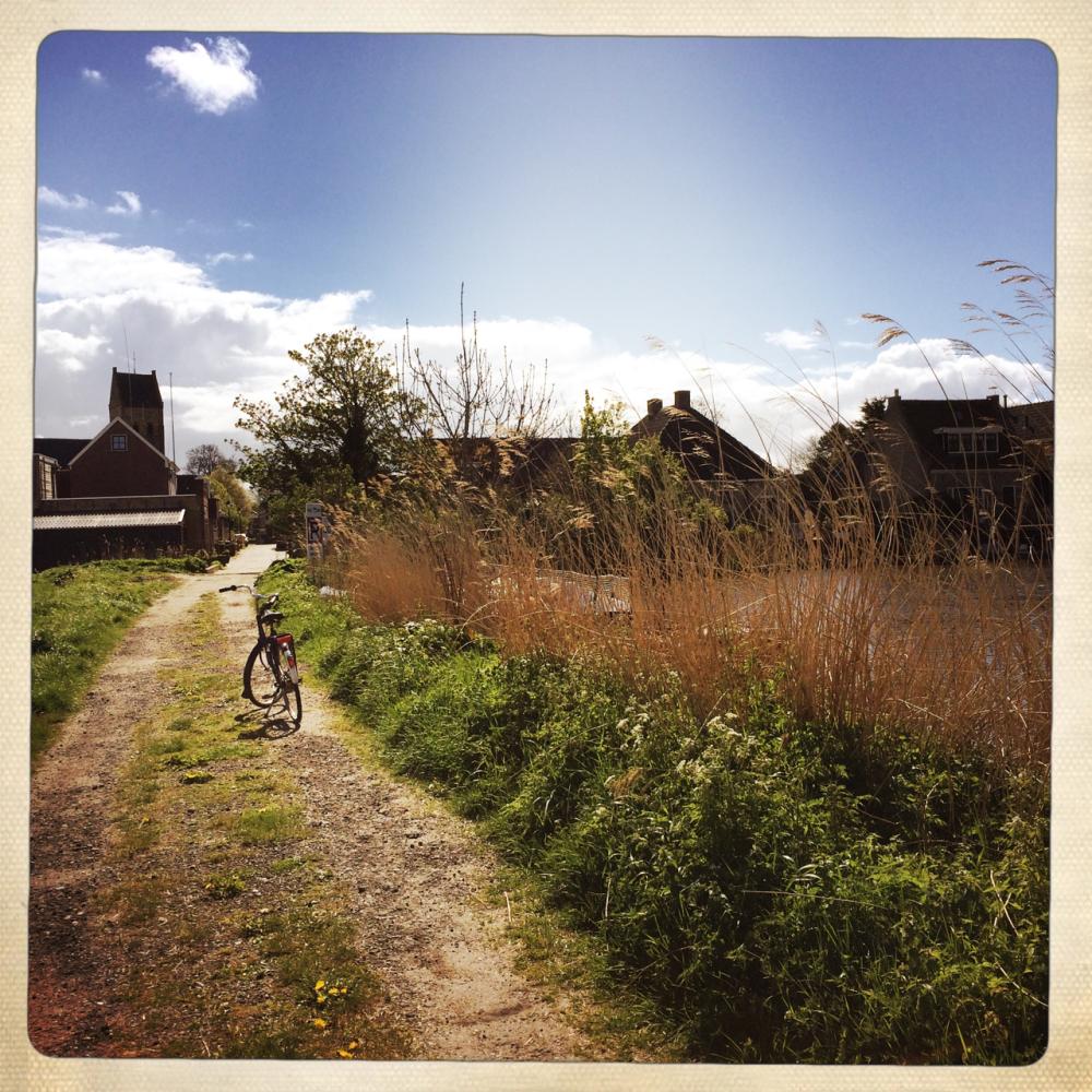 kimswerd canal bike fiets kanaal