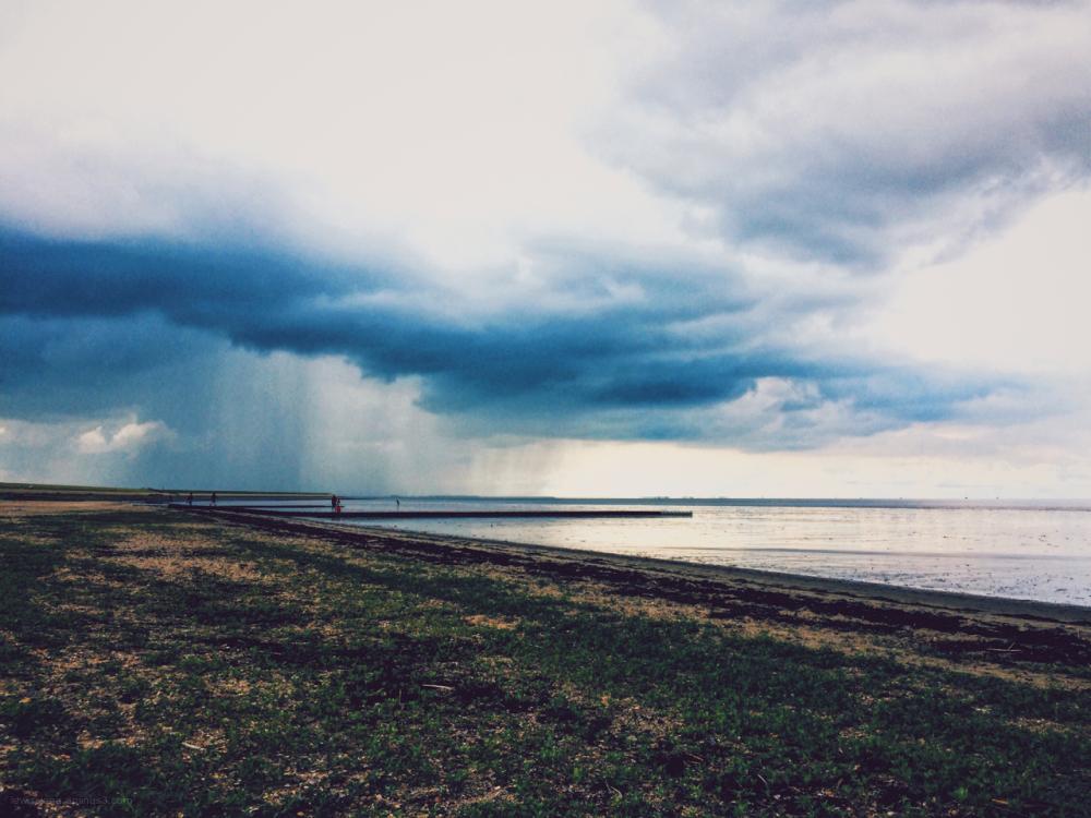 sea cloud rain wolkbreuk