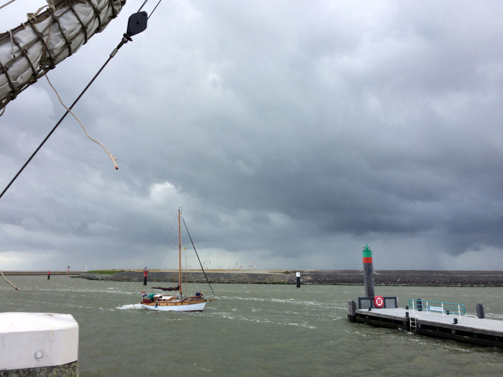 zeil boot waddenzee haven harbour