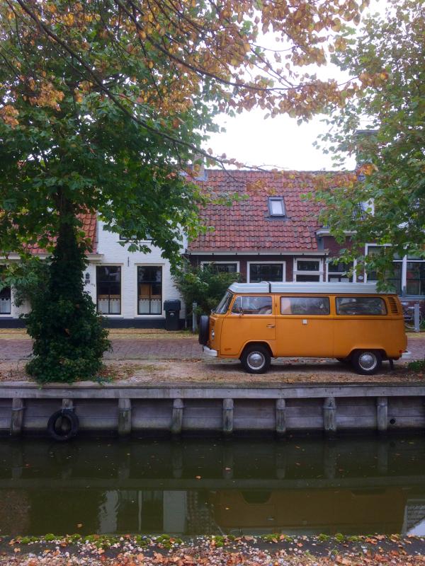 van bus herfst autumn