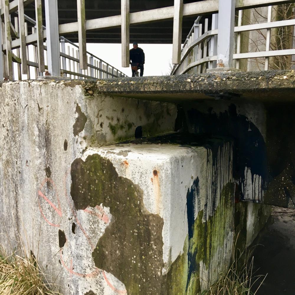 brug bridge