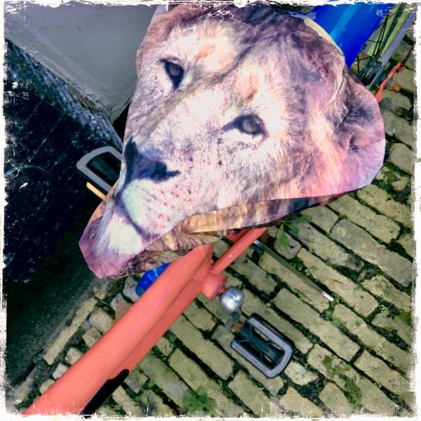 seat cover saddle lion leeuw