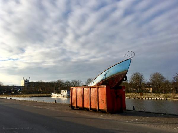 zeilschip container skip ship