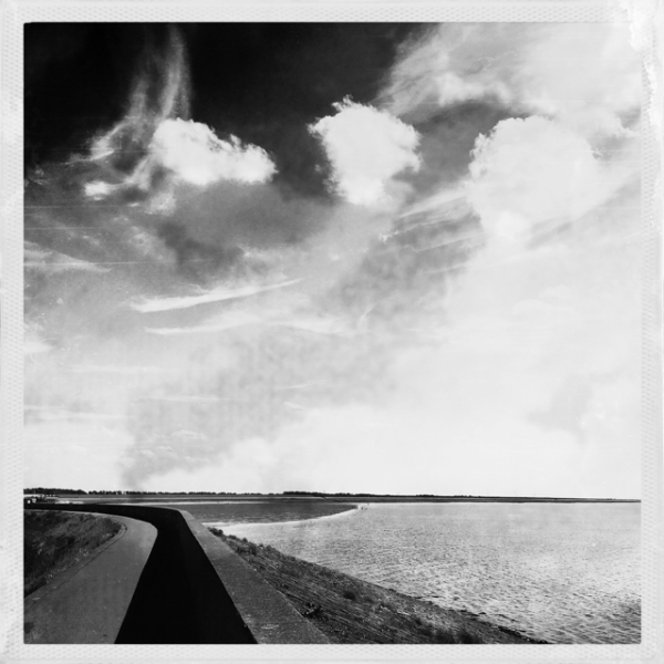 dijk wolken zee sea ikke clouds
