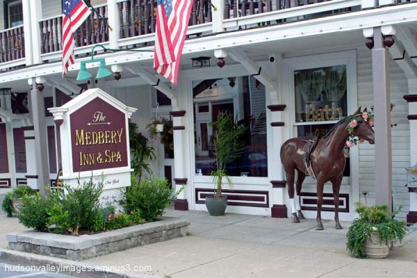 Medberry Inn