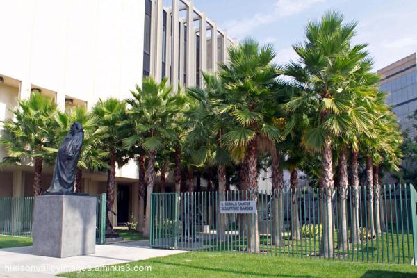 Cantor Sculpture Garden