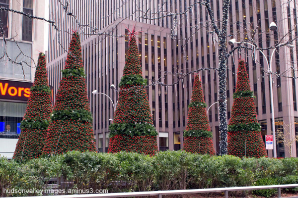 6th Avenue Christmas Decorations