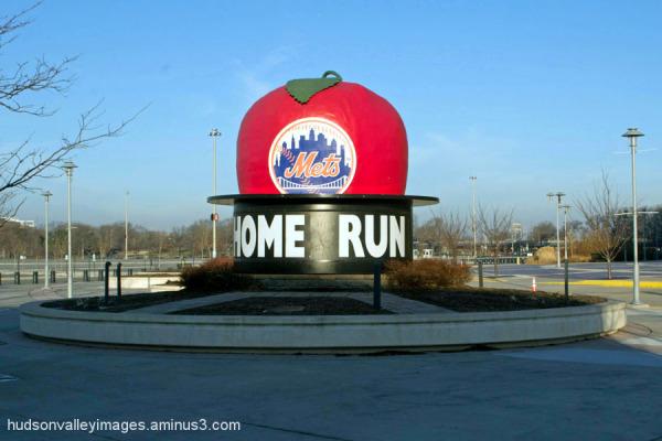 Home Run Apple