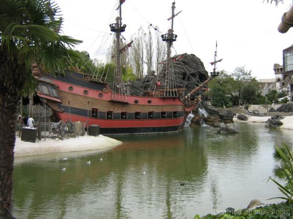 Corabia Piratilor din Caraibe