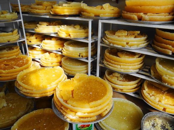 nabaat pastry yazd