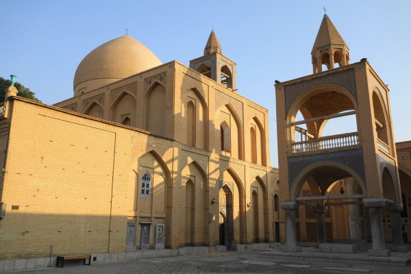 iran central-tour isfahan vank cathedral وانک