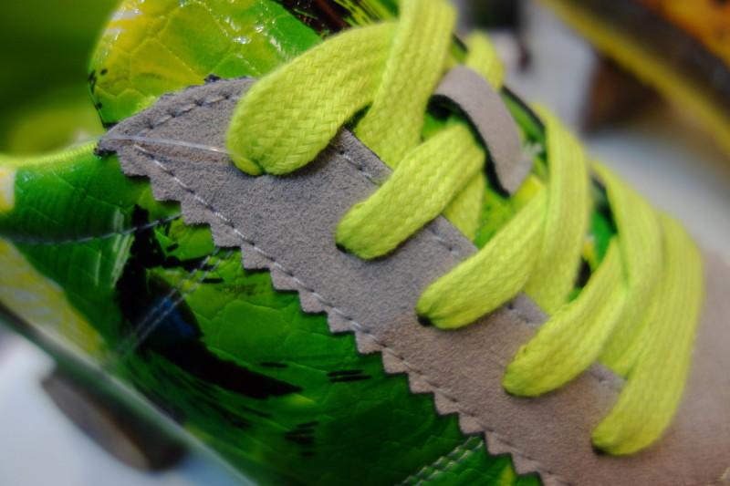 qeshm island persian-gulf city-center mall shoe