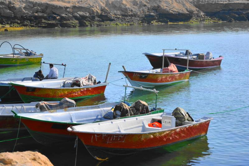 qeshm island persian-gulf boat hengam-island