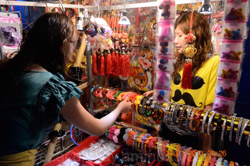 Chinese night market-3