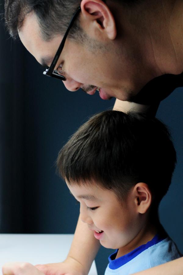 Portrait, kids, father, son
