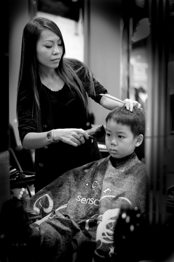 Kids portrait, hair cut, black and white