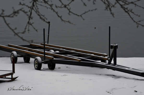 Frozen Lake Yamanaka...