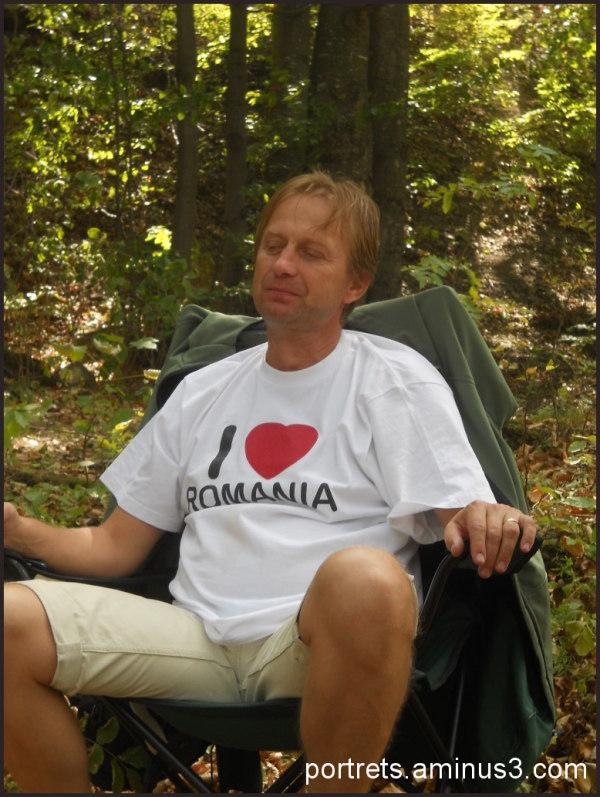 My father says: ,,I LOVE ROMANIA!''